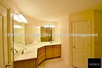 Master Bathroom, 6671 Mountain Trail, 2