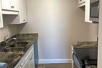 Kitchen, 5325 Summerlin Rd, 0