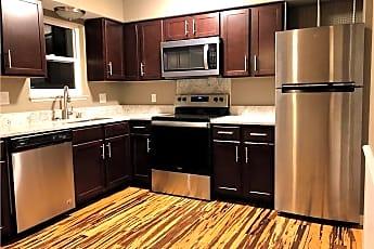 Kitchen, 661 Village Pl N Dr, 1