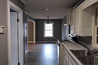 Kitchen, 812 E Lake St, 0