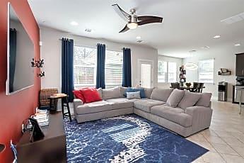 Living Room, 707 McQueen, 1