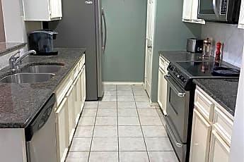 Kitchen, 2623 Woodridge Manor Dr, 2