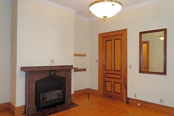 Living Room, 85 Elm St, 1