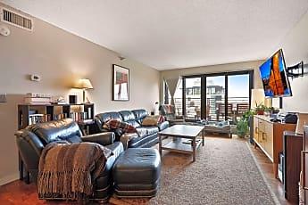 Living Room, 48 Groveland Terrace B409, 0