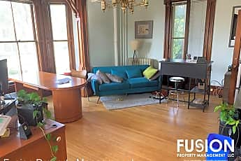 Living Room, 337 College St, 0