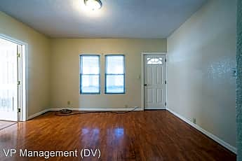Living Room, 229 Meadow St, 2