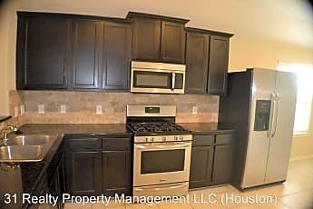 Kitchen, 13822 Roman Ridge Ln, 1