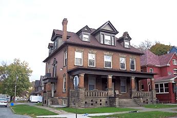 Building, 211 E Wallace Ave, 0