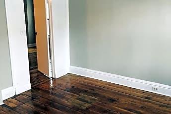 Living Room, 549 Caroline St, 2