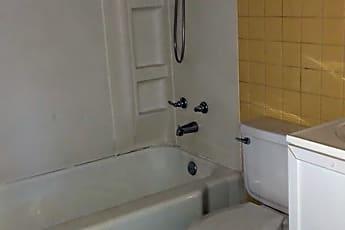 Bathroom, 428 Glenview Dr, 2