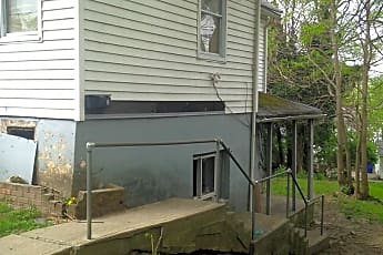 Building, 1435 Parrish Ave, 0