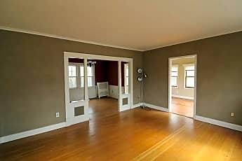 Living Room, 35 Orchard Pl 1, 1