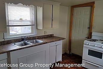 Kitchen, 736 W Poplar St, 0