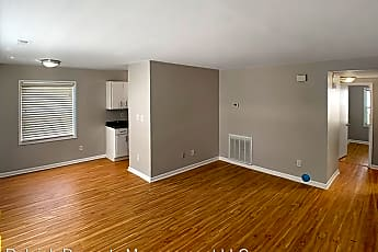 Living Room, 102 N State St, 1
