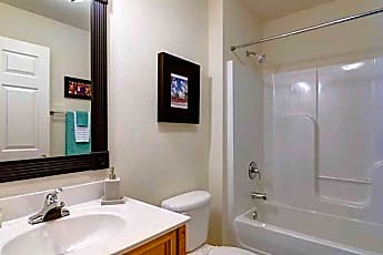 Bathroom, The Arch Troy - Per Bed Lease, 2