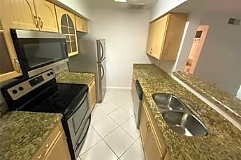 Kitchen, 2607 NW 33rd St, 0