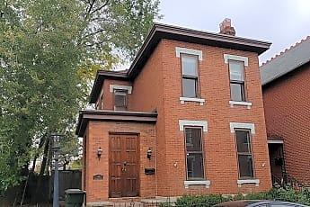 Building, 114 E Beck St, 0