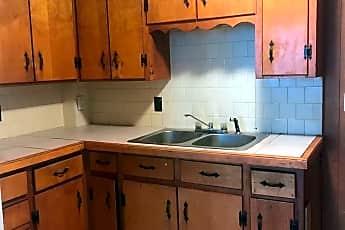 Kitchen, 162 S Pleasant St, 0