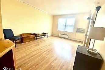 Living Room, 5101 Van Loon St, 1