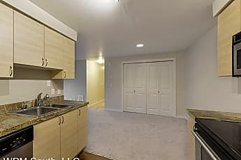 Kitchen, 210 9th St E Unit #E203, 0