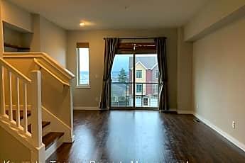 Living Room, 2108 S Yakima Ave, 1