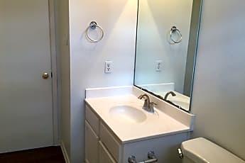 Bathroom, 5403 Coastal Way, 2