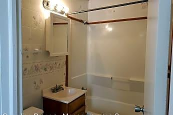 Bathroom, 1848 N Porter St, 2