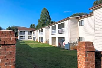 Hickory Square Apartments, 2