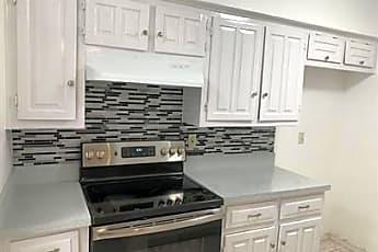 Kitchen, 334 Valley Park Dr, 1