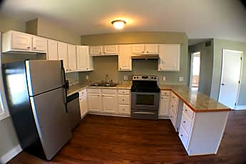 Kitchen, 303 S Oak St, 0