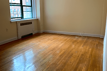 Living Room, 1 Ravine Ave, 0