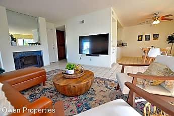 Living Room, 50 Montego Ct., 1