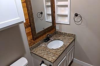 Bathroom, 1202 Thorpe Ln, 0
