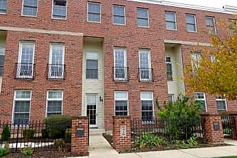 Building, 576 N River Street, 0