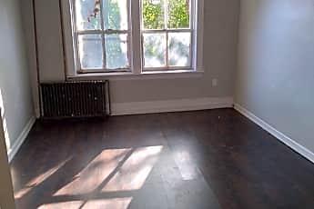 Living Room, 81 Ten Broeck St, 0