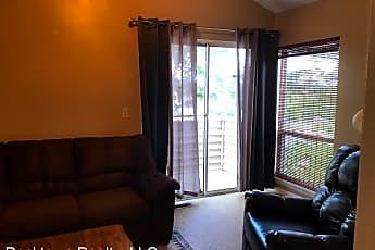 Living Room, 1470 Bradley Dr, 2