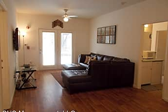 Living Room, 2309 Old Bainbridge Rd, 1