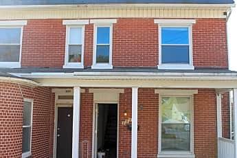 Building, 132 N Charles St, 0