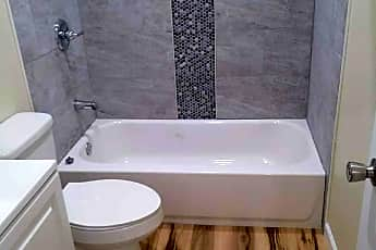 Bathroom, 53 Tangerine Ct, 2