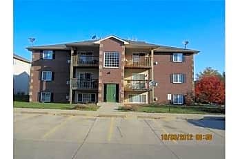 Building, 5908 Sutton Pl, 0