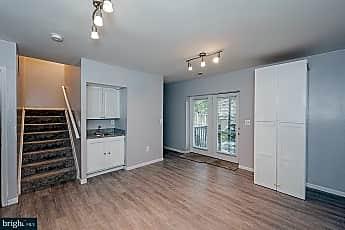 Living Room, 4414 Stockbridge Ct, 0