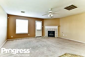 Living Room, 619 Hawthorne Pasture Rd, 1