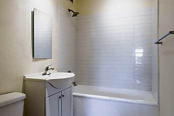 Bathroom, 3210 Griffin Ave, 2
