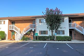 Hickory Square Apartments, 0