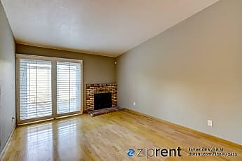 Living Room, 3225 Madrone Street, 0