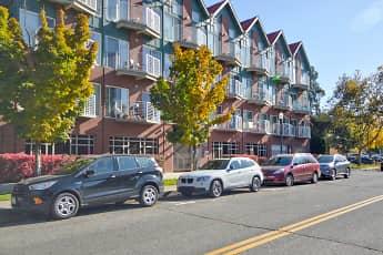 Building, CW Moore Apartments, 0