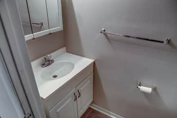 Bathroom, Crescent Ridge, 2