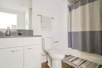 Bathroom, The Fowler, 2