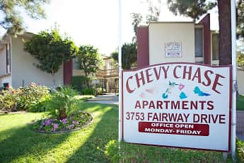 Community Signage, Chevy Chase Apartments, 2
