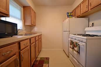 Kitchen, Greenwood, 2
